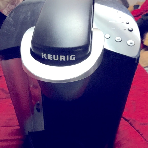 KEURIG-Classic K50 Single Serve Coffee Maker